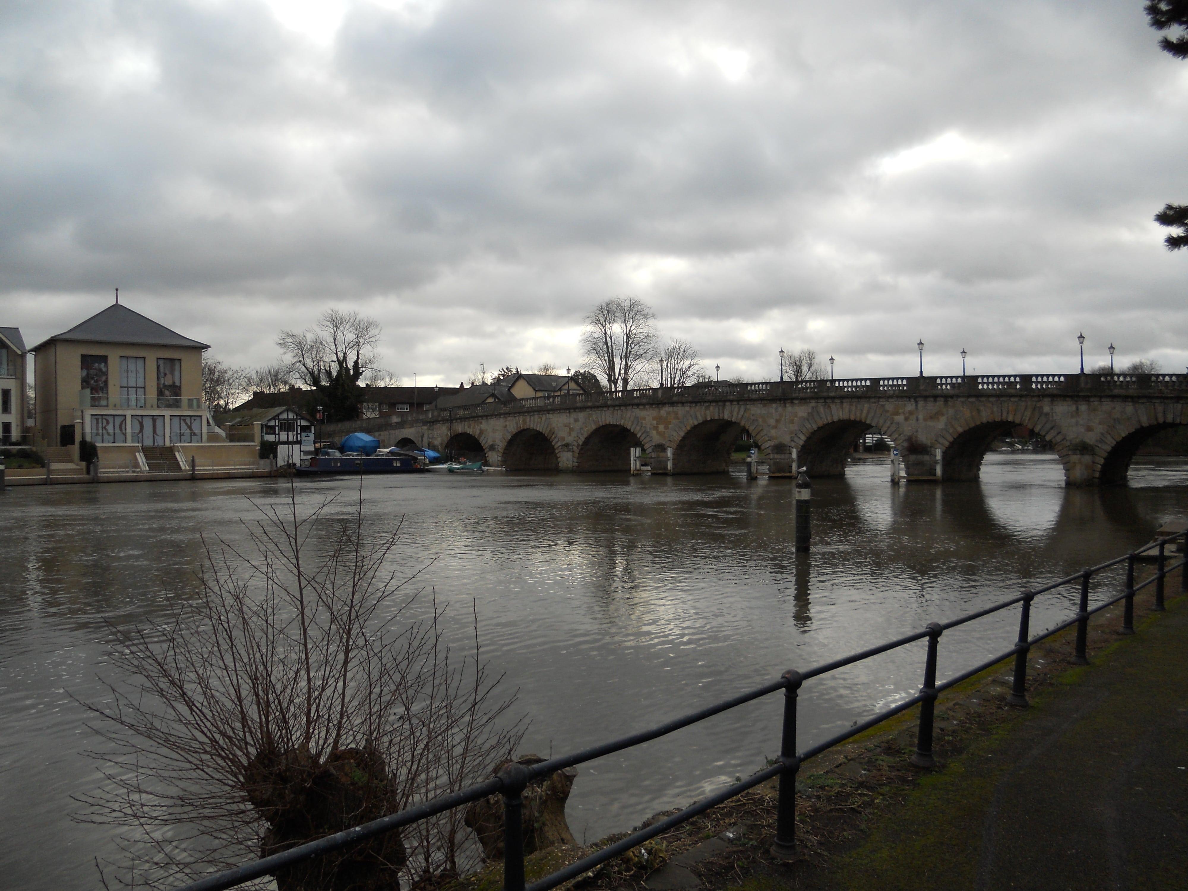 Maidenhead Bridge from the riverside