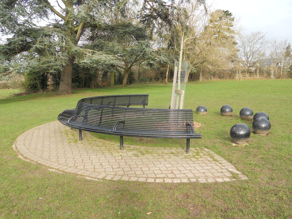 Boyn Grove seat
