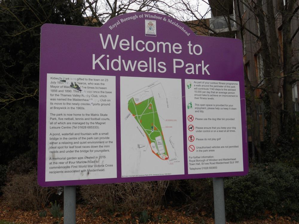 Kidwells Park sign