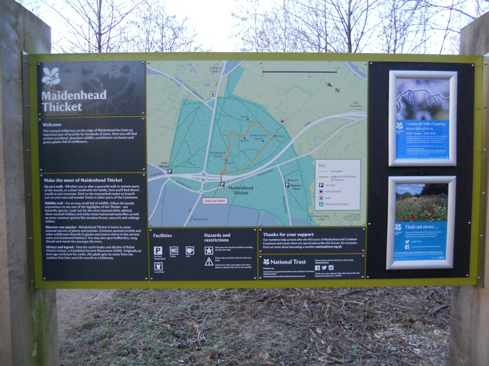 Maidenhead Thicket sign