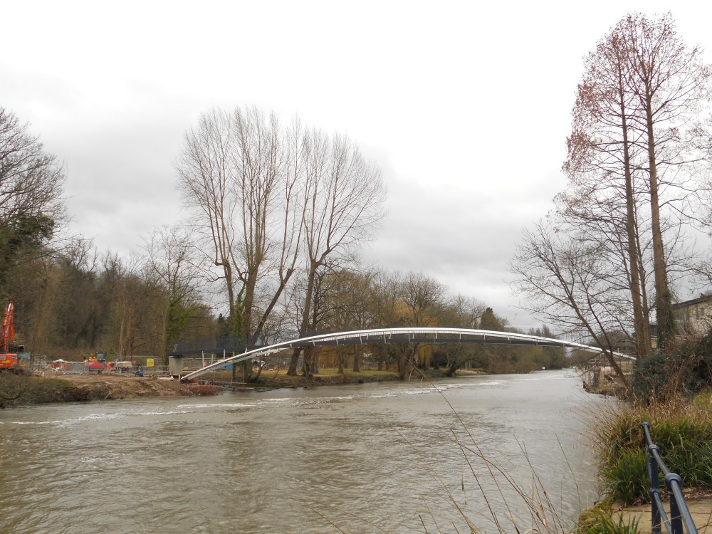 New bridge linking Ray Mill Island to Jubilee Meadows