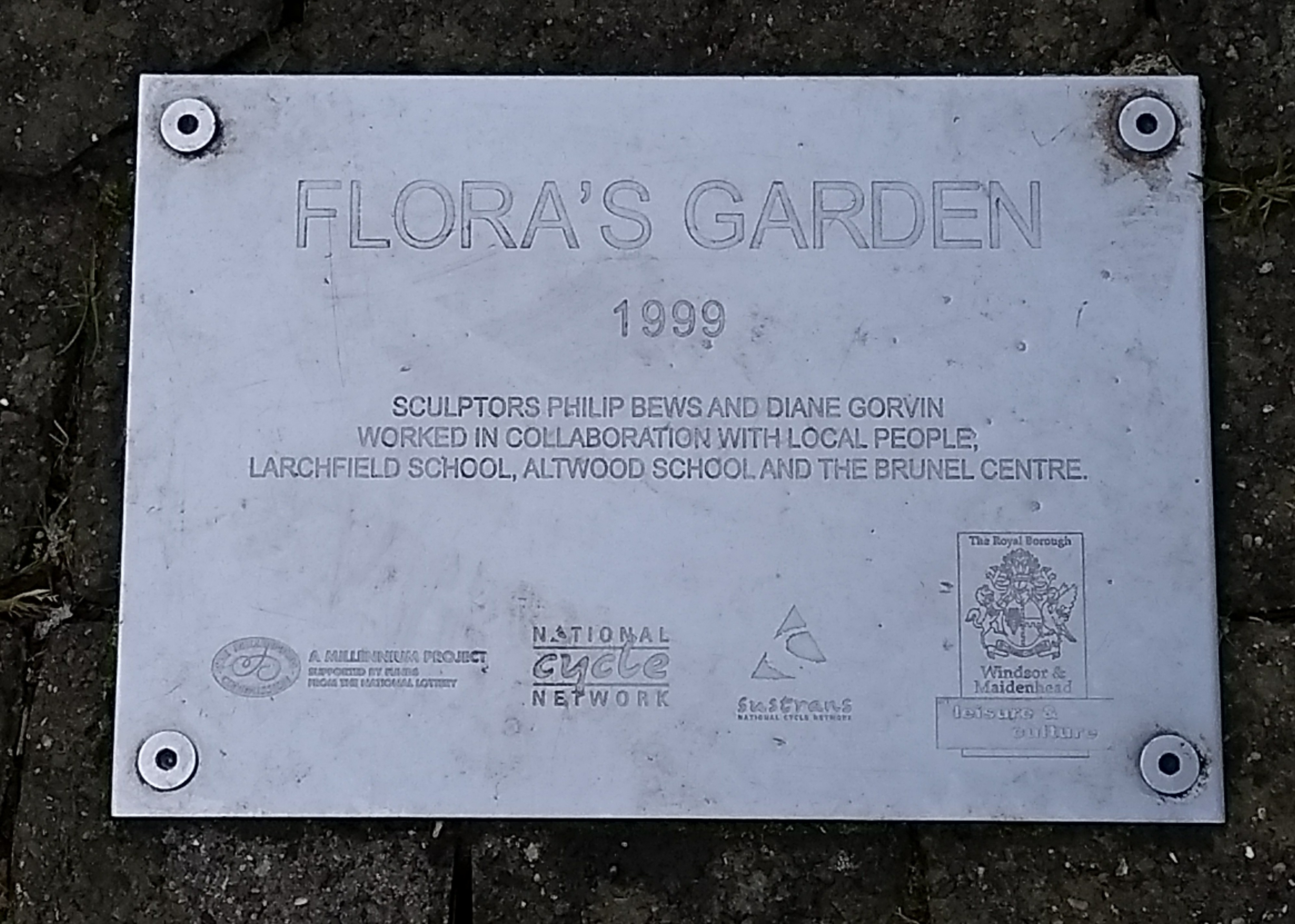 Flora's Garden in Desborough Park