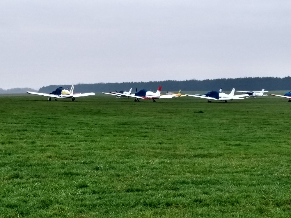 Planes at White Waltham