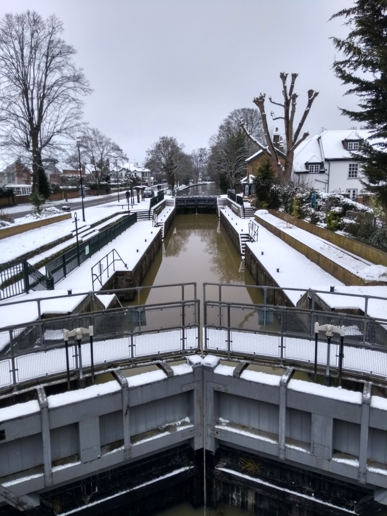 Boulters Lock in the snow